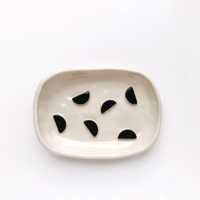 Handmade Stoneware Clay Soap Dish (Black Semi Circle) - Beci Callow