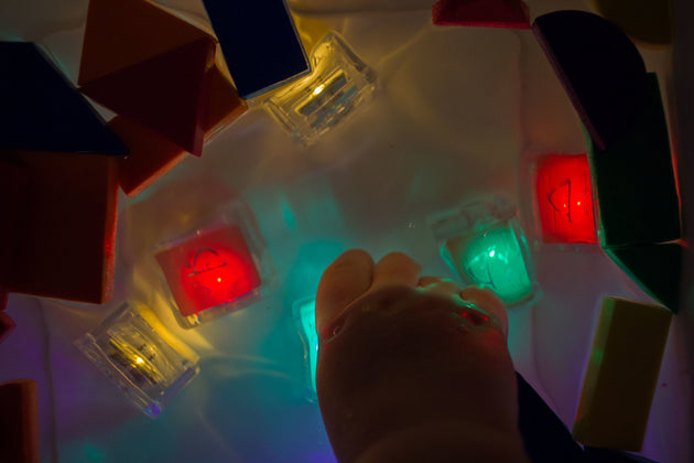 Light Up Cubes- Sammy