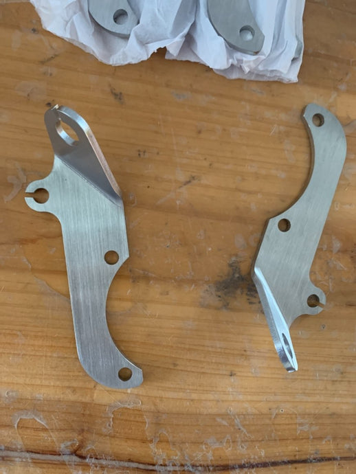 Mikuni diaphragm side throttle bracket