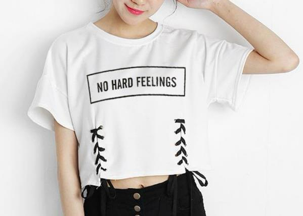 No Hard Feelings Cropped Tee - AESTHEDEX