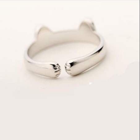 The Pawsitively Purr-fect Cat Paw Ring