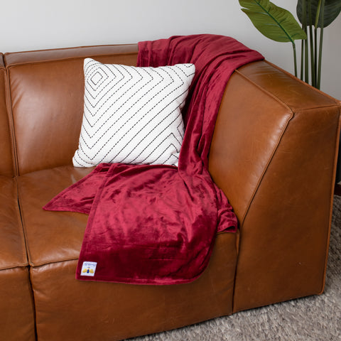 BiggerBee Minky Throw Blanket Wine