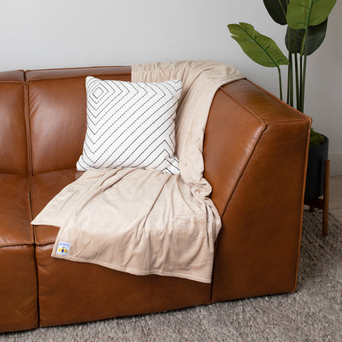 BiggerBee Throw Blanket Solid Camel