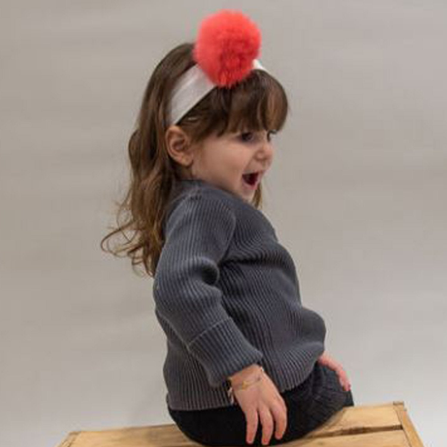 Sample Sale **Pompom Headbands** (Elastic & Detachable Pom)