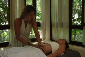 An ancient maya massage : Sobada Maya with Lieke