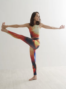 Kaen | Efesto Designs yoga leggings | inspiration from fireplace or jet engine, yellow/red/orange/blue |