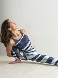 Nastri | Efesto Designs (Efestosports) yoga leggings and top | angled stripes of blue/cyan in wavy dark blue | inspired by waves in the sea