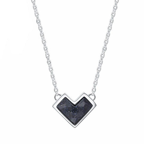 Twisted Singapore Chain Black Heart Necklace