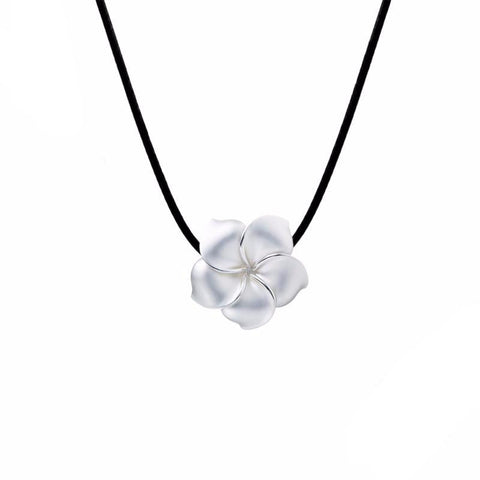 Flower White Choker Necklace