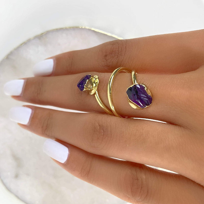 Shapeshifter Amethyst Ring - Beau Life