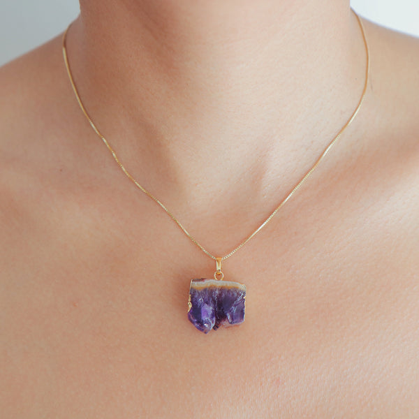 Amethyst Geode Slice Necklace in Gold Plated 925 Sterling Silver - Beau Life