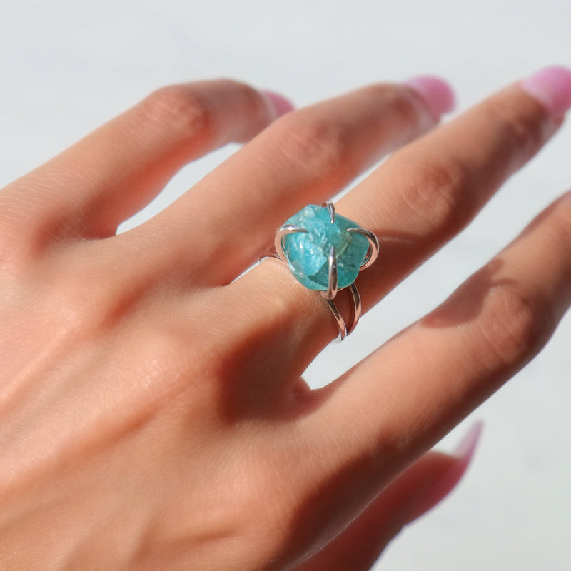 Center Of Attention Single Stone Aquamarine Ring in Silver - Beau Life