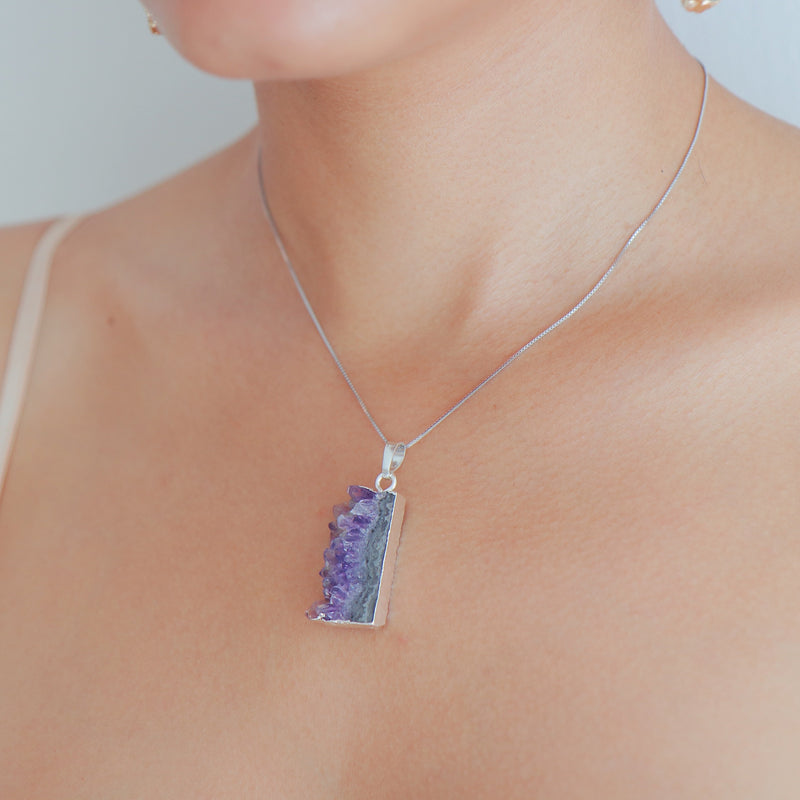 Amethyst Geode Slice Necklace in 925 Sterling Silver - Beau Life
