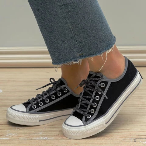 Women Retro Canvas Sneakers Casual Lace Up Flat Sneakers - fashionshoeshouse
