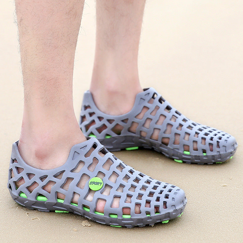 Men Light-weight Comfortable Hole Beach Sandals - fashionshoeshouse