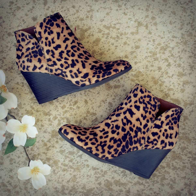 Women Winter Fashion Medium High Leopard Suede Wedge Boots - fashionshoeshouse