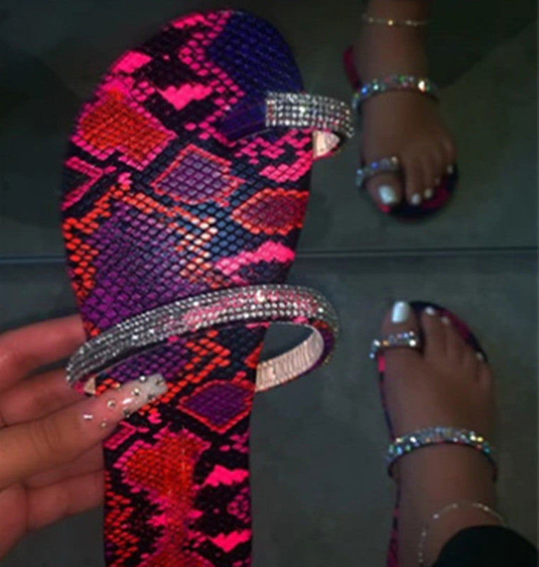 Summer New Fashion Flat Heel Bling Slide Sandals - fashionshoeshouse