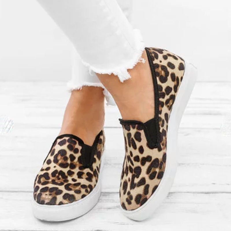 Women Plus Size Flat Heel Slip On Leopard Loafers - fashionshoeshouse