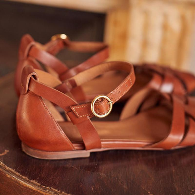Crossed Strap Flats Adjustable Buckle Sandals - fashionshoeshouse