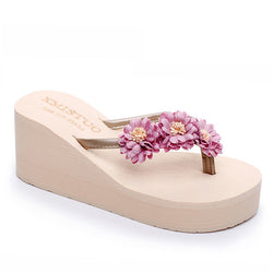 Beautiful Flowers Chunky Heel Pink Slippers For Women - fashionshoeshouse