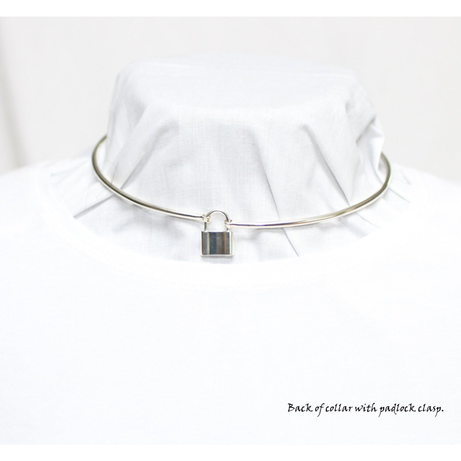 Discreet Folding Day Collar, 3mm sterling silver (8g), Padlock clasp, hinged by front O ring, Handmade BDSM Collar
