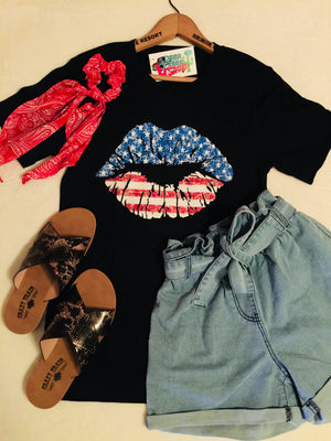 The Independence Patriotic Lips Graphic Tee