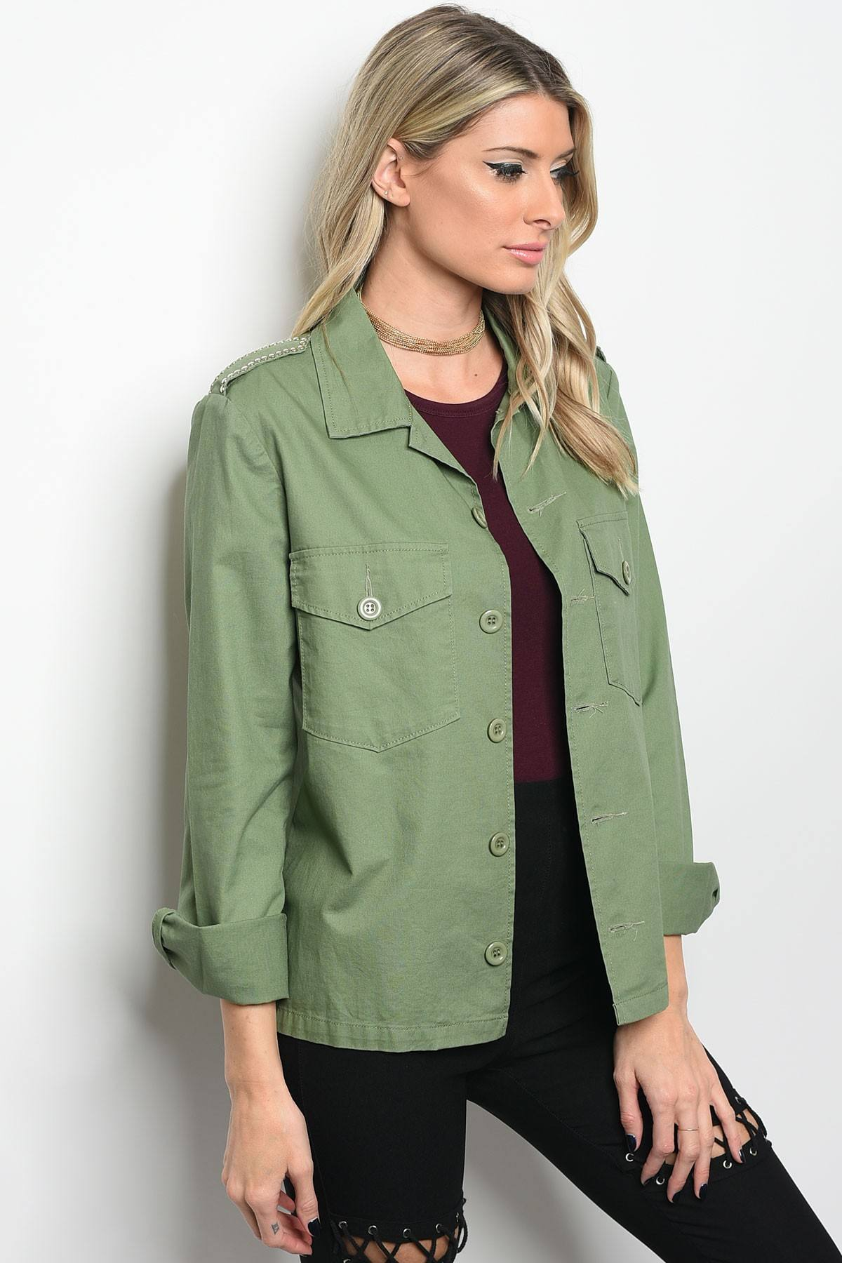 Ladies fashion light weight utility jacket with pocket details and a collard neckline