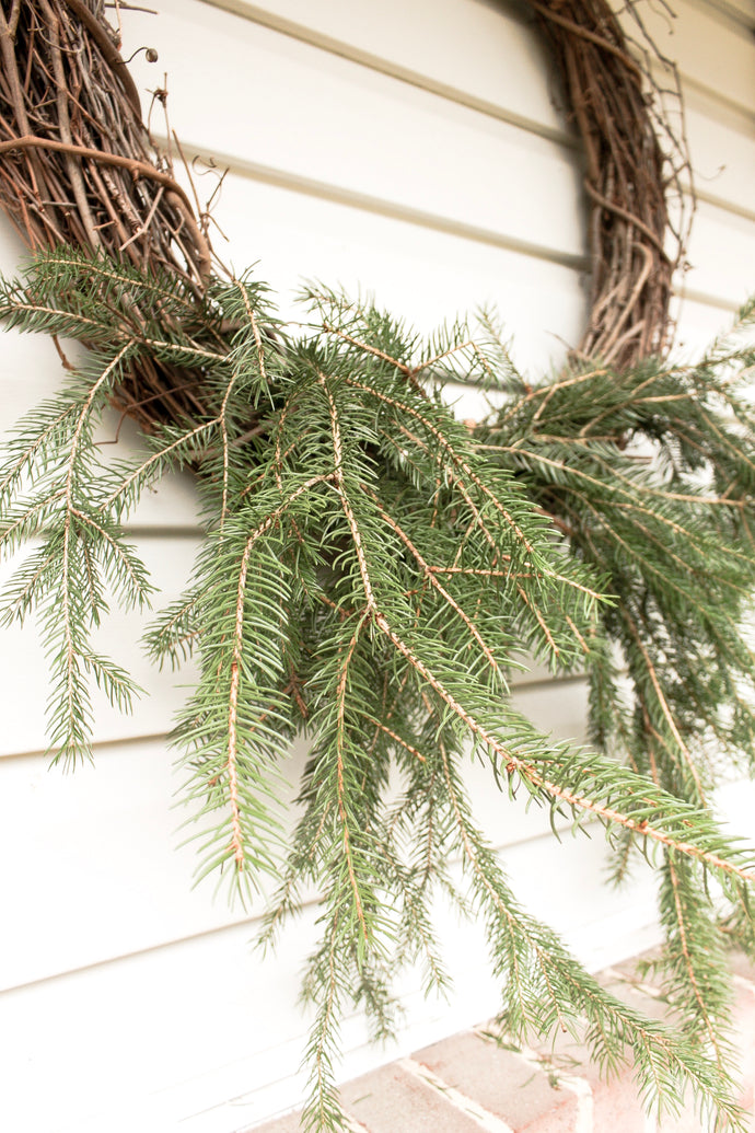Easy DIY Natural Pine Wreath