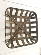 Tobacco Basket (Medium)