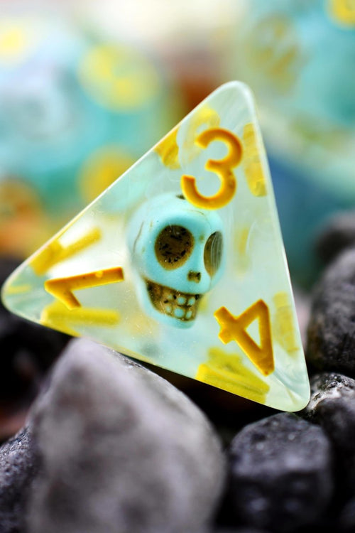 Burial at Sea - Skulls Acrylic Dice Set - GAMETEEUK