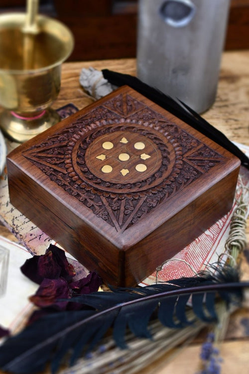 Elementalist - Handmade Dice and Accessory Box - GAMETEEUK