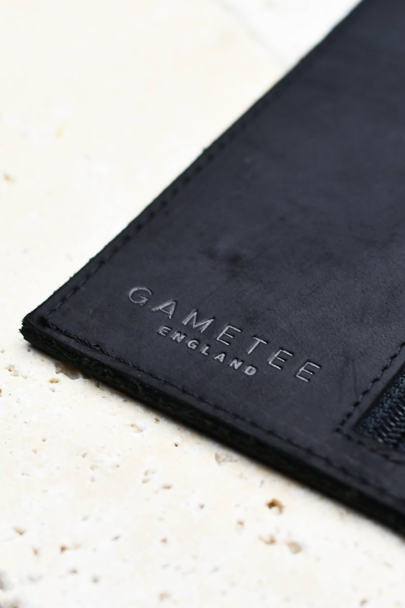 Fine Leather Case of Holding - Midnight Black - GAMETEEUK