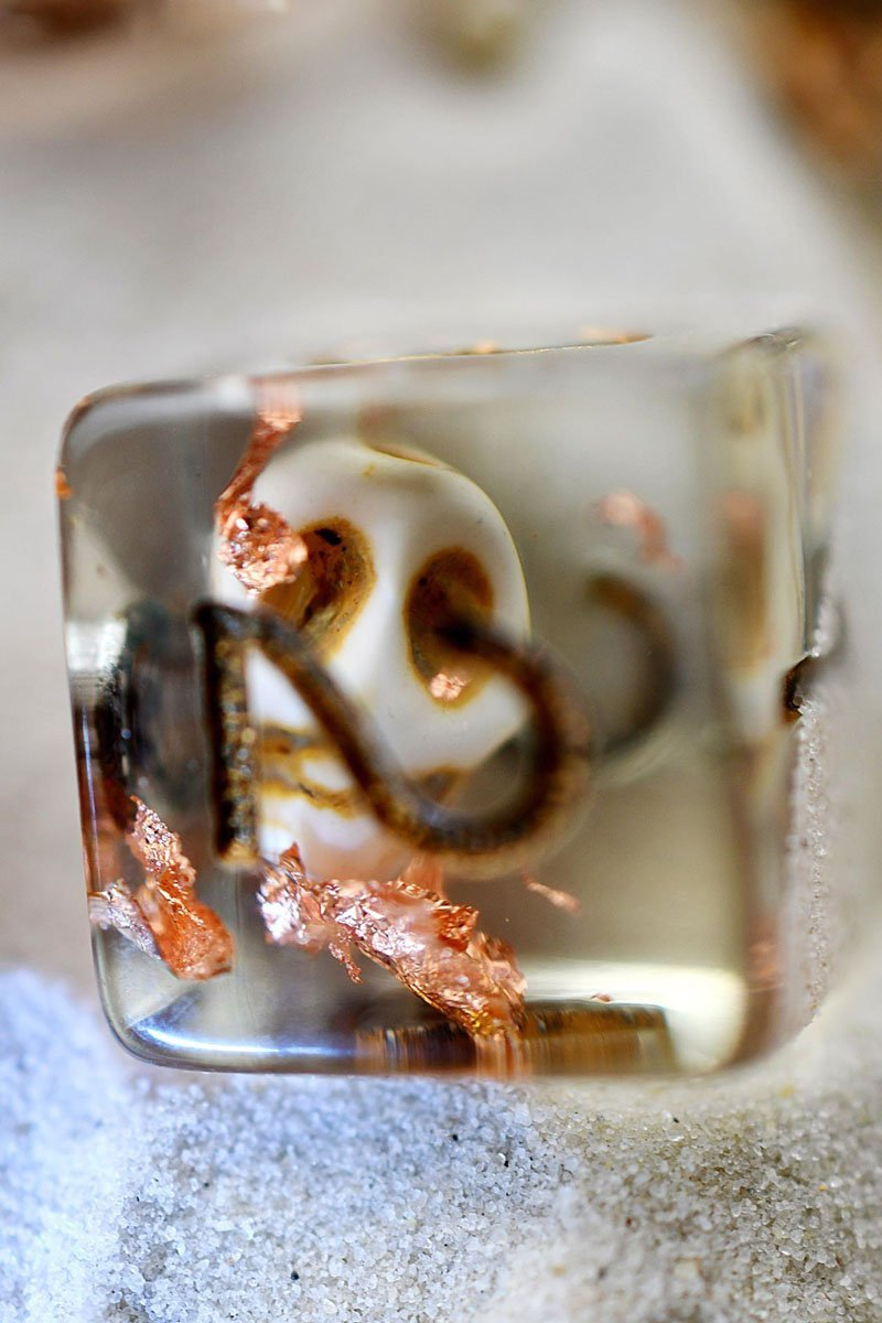 Lost Souls - Skull and Copper Flake Acrylic Dice Set - GAMETEEUK