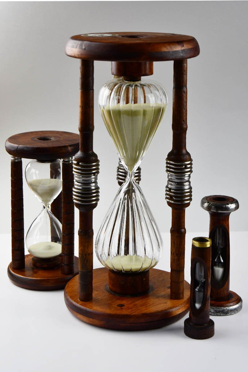 Nauta - Antique Wooden Bobbin Hourglass - GAMETEEUK