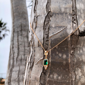 14k Gold Layering Necklace with Emerald Gemstone Pendant