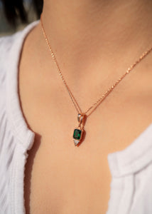 Green Emerald Stone Birth Sign Necklace Pendant Gold Emerald Charm Jewelry