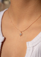 Load image into Gallery viewer, North Star Gold Charm Necklace 18k Gold Pendant Mini Star Diamond