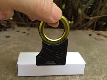 Load image into Gallery viewer, Keychain Carabiner Multi-Tool/Single Finger Safety Tool