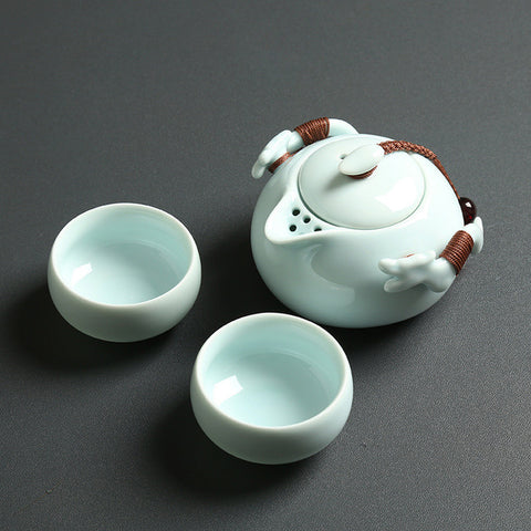 VOYAGER Collection Modern + Traditional Portable Gaiwan Ceramic Tea Set - 4 Colors