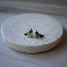 Camellia Sinensis Earrings!