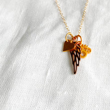 BelleStyle Rose gold wing charm necklace gold heart gold Om