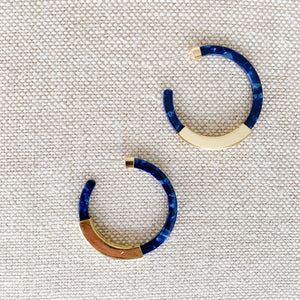 Blue and gold tortoise shell hoop earrings