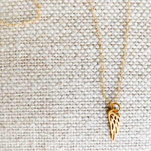 Angel Wing Necklace - BelleStyle
