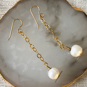 Bellestyle - Sequin Freshwater Pearl Earrings
