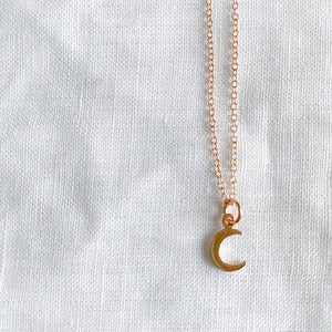 Crescent Moon Rose Gold Necklace - BelleStyle