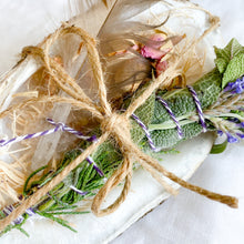 Bellestyle organic smudge stick set feather crystal rose buds lavender sage juniper