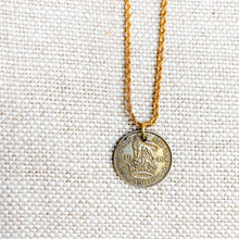 King George Coin Necklace - BelleStyle