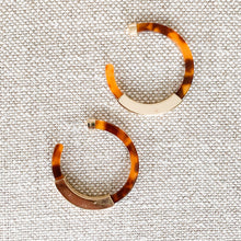 Honey and gold tortoise shell hoop earrings