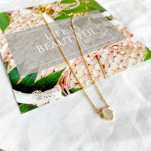 Mother of Pearl Hamsa Necklace - BelleStyle