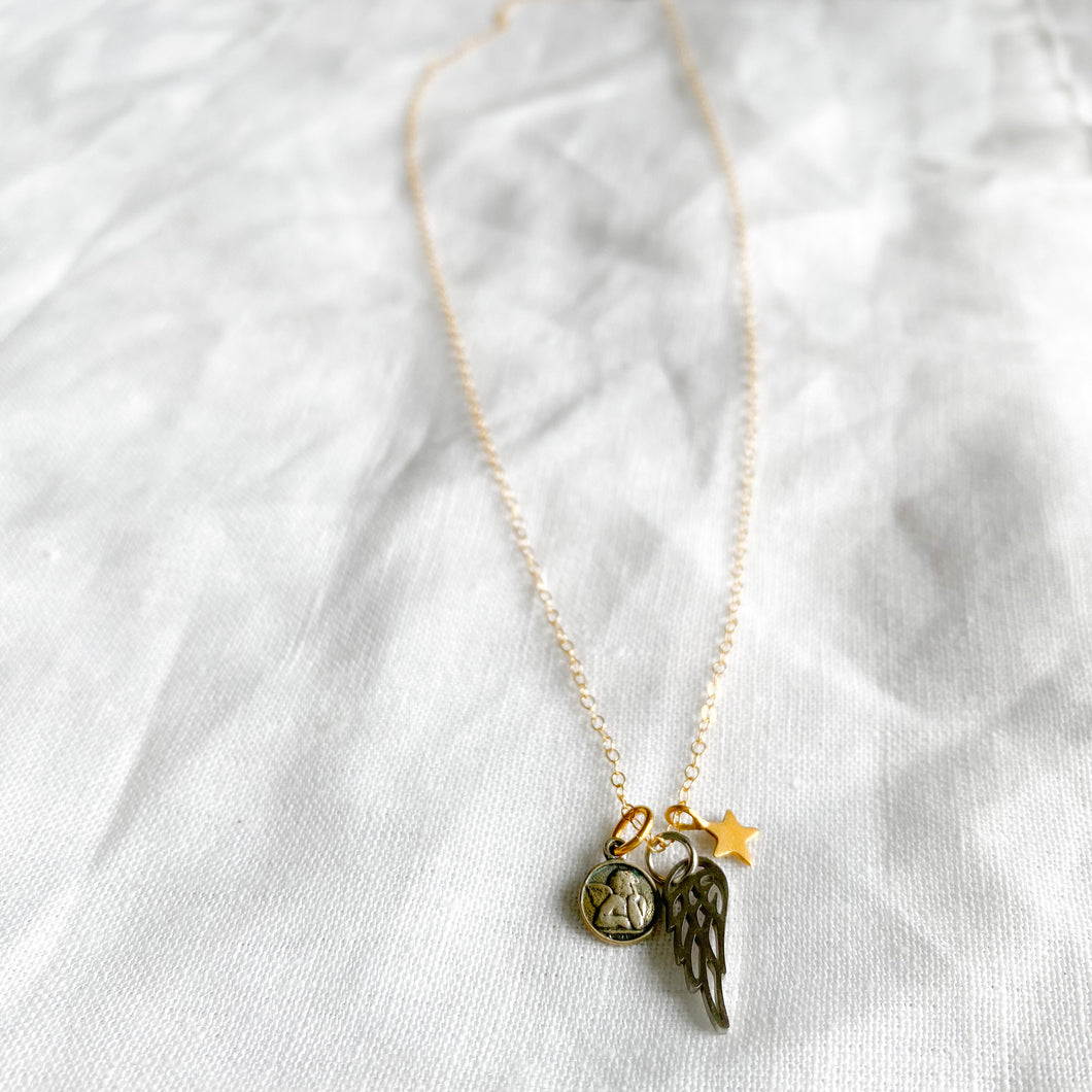Angel face wing star charm necklace gold chain
